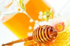 <b>喝蜂蜜有什么好处 教你挑选上好蜂蜜小技巧</b>