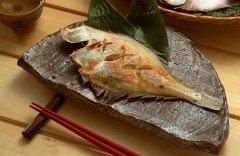 教你如何煎鱼不粘锅 如何煎鱼不掉皮