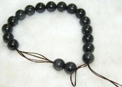 天然水晶手链如何打结 教你水晶手链串绳打结教