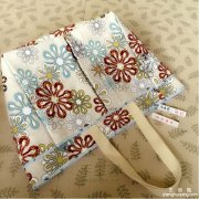 <b>多功能多口袋多用途妈咪包的手工制作</b>
