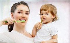 <b>教你正确刷牙方法 刷牙前不可牙刷沾水</b>
